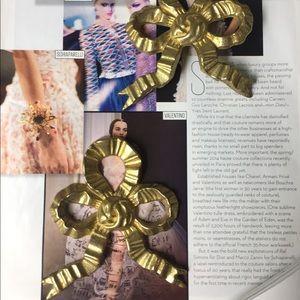 Pair of Gold Bows | Wall Decor
